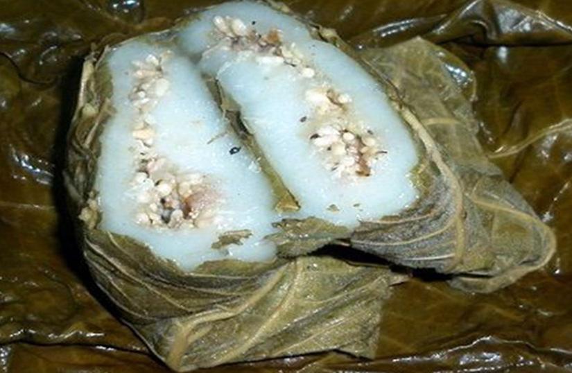 Tuyên Quang: Bánh trứng kiến đặc sản dân dã, đại gia, nhà giàu muốn ăn nhưng không phải lúc nào cũng có - Ảnh 1.