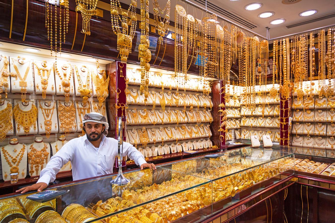 Lóa mắt trước khu chợ toàn bằng vàng ở UAE - Ảnh 6.