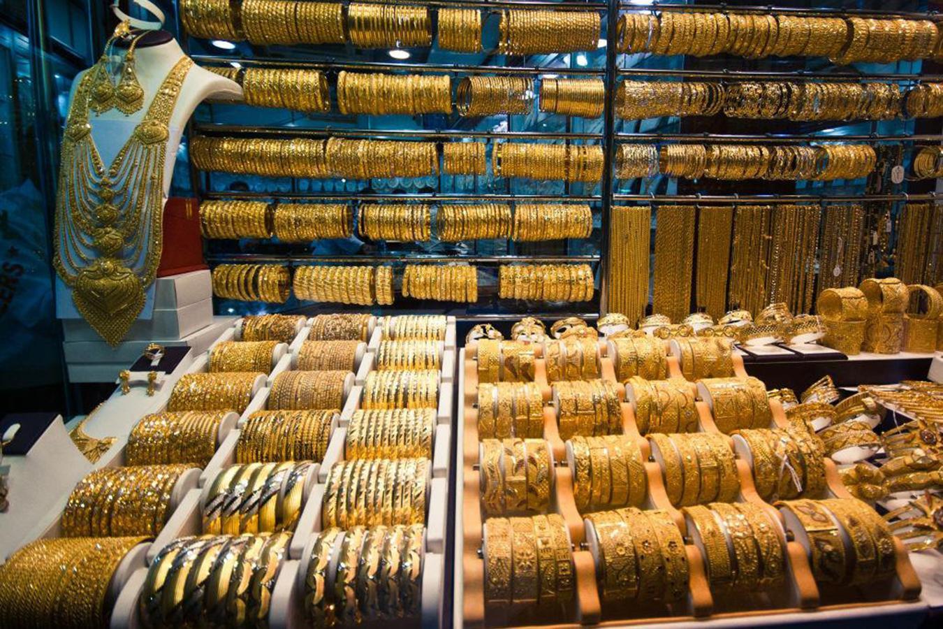 Lóa mắt trước khu chợ toàn bằng vàng ở UAE - Ảnh 9.