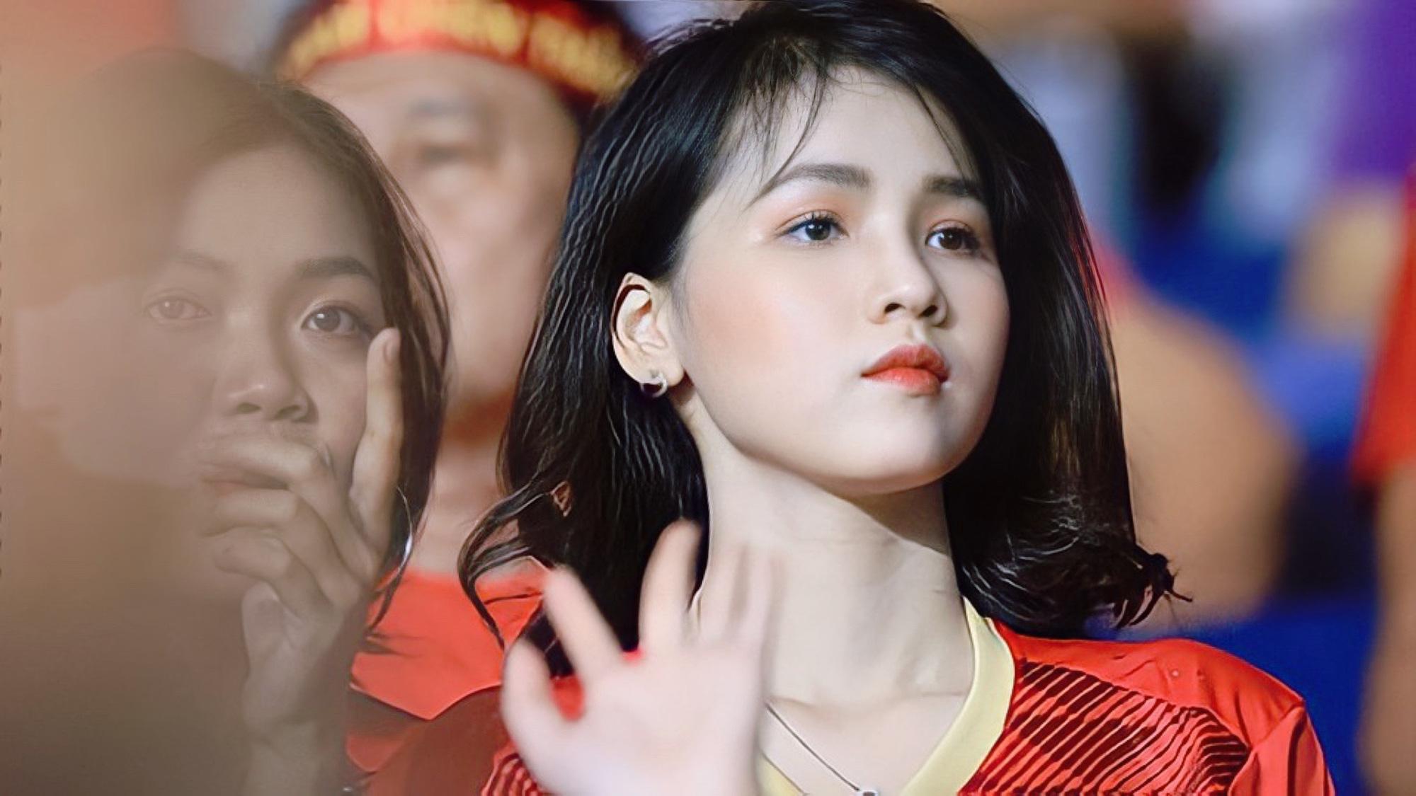 Cựu nữ sinh đẹp vạn người mê tựa Ngọc Trinh đoán tỉ số Việt Nam vs UAE, tin Việt Nam chiến thắng - Ảnh 3.