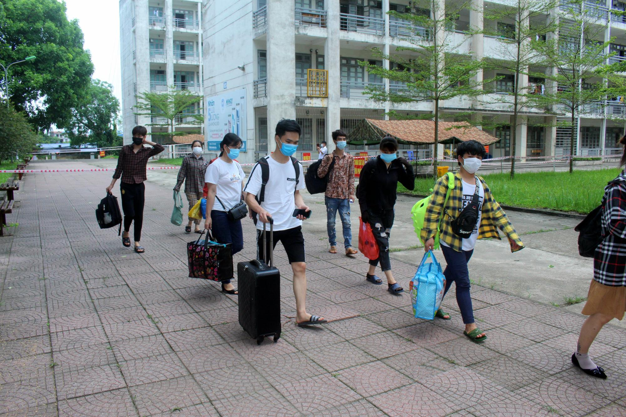 Gần 500 người lao động từ vùng dịch Bắc Giang đã về đến Thái Nguyên - Ảnh 4.