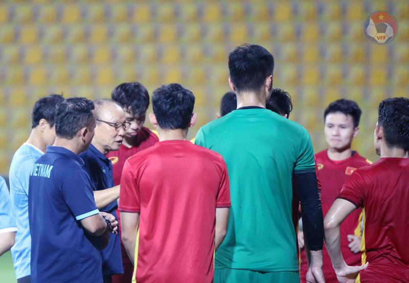 """ĐT Việt Nam vs UAE, HLV Park Hang-seo """"cách không điểm huyệt"""" - Ảnh 5."""