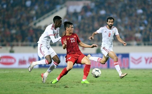 """ĐT Việt Nam vs UAE, HLV Park Hang-seo """"cách không điểm huyệt"""" - Ảnh 1."""