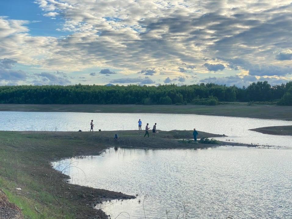 Quảng Trị: Hai học sinh chết đuối ở đập nước - Ảnh 1.