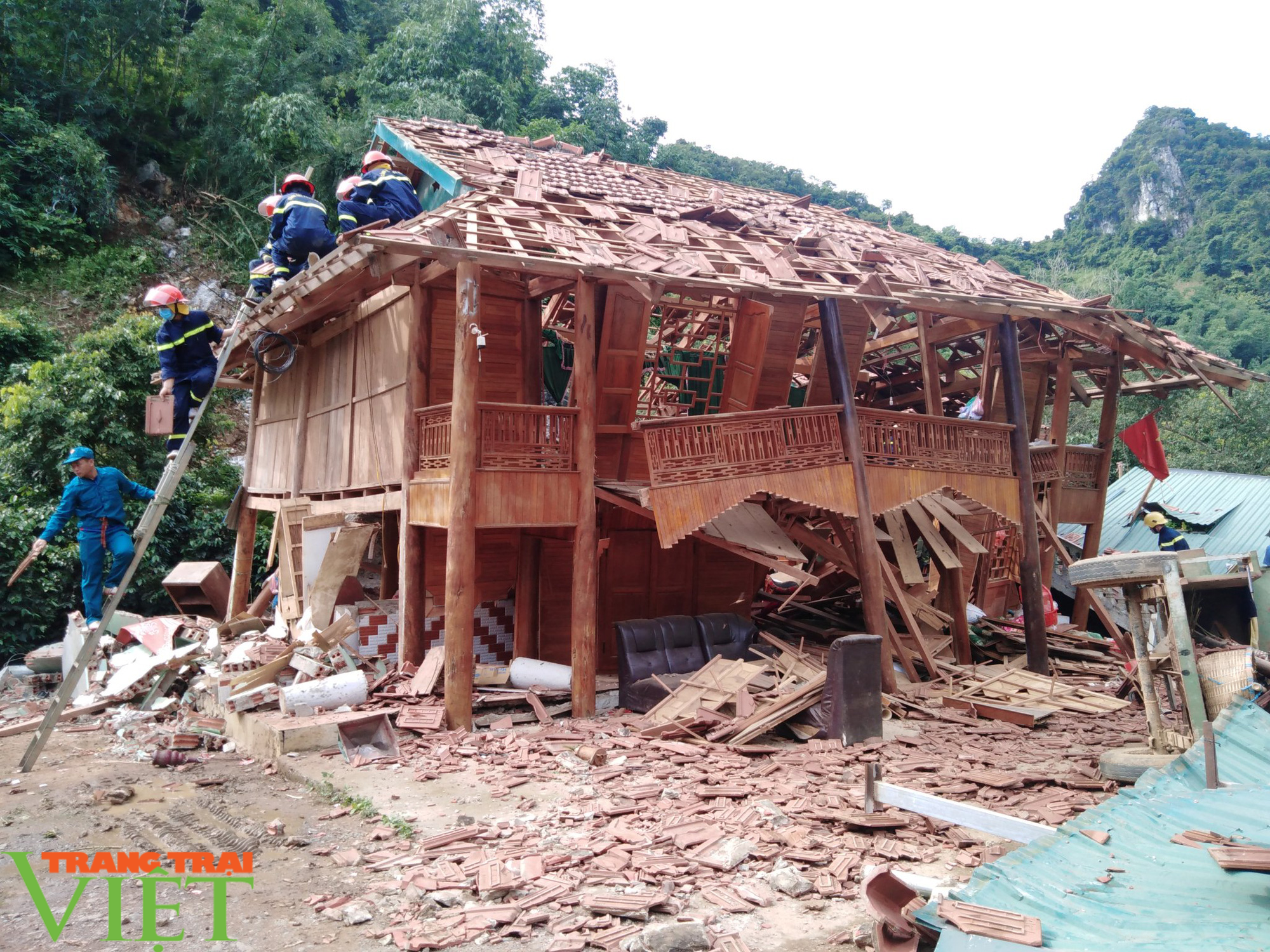 Thành phố Sơn La: Phòng chống nguy cơ đá lăn trước mùa mưa, lũ - Ảnh 1.