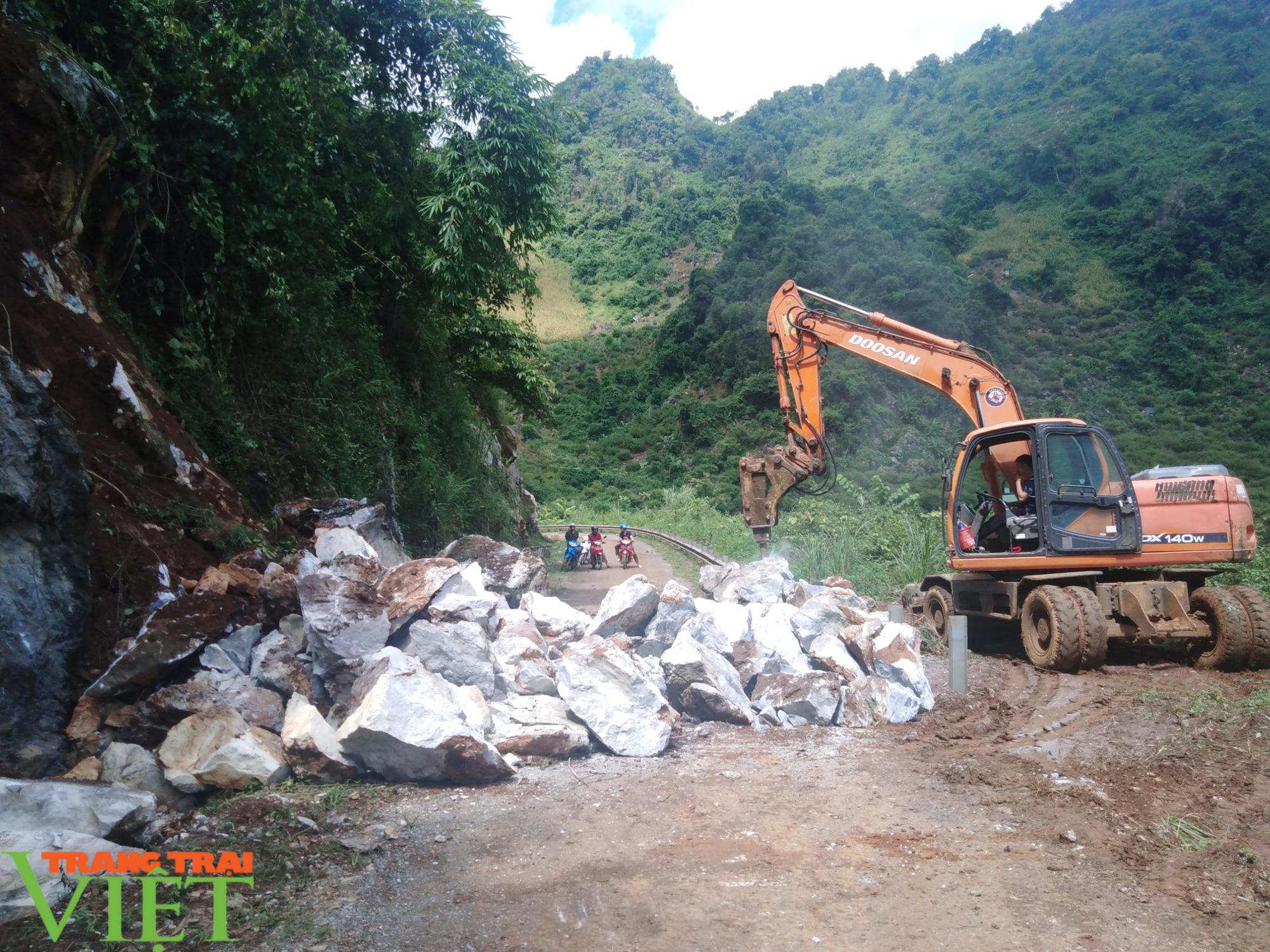 Thành phố Sơn La: Phòng chống nguy cơ đá lăn trước mùa mưa, lũ - Ảnh 5.