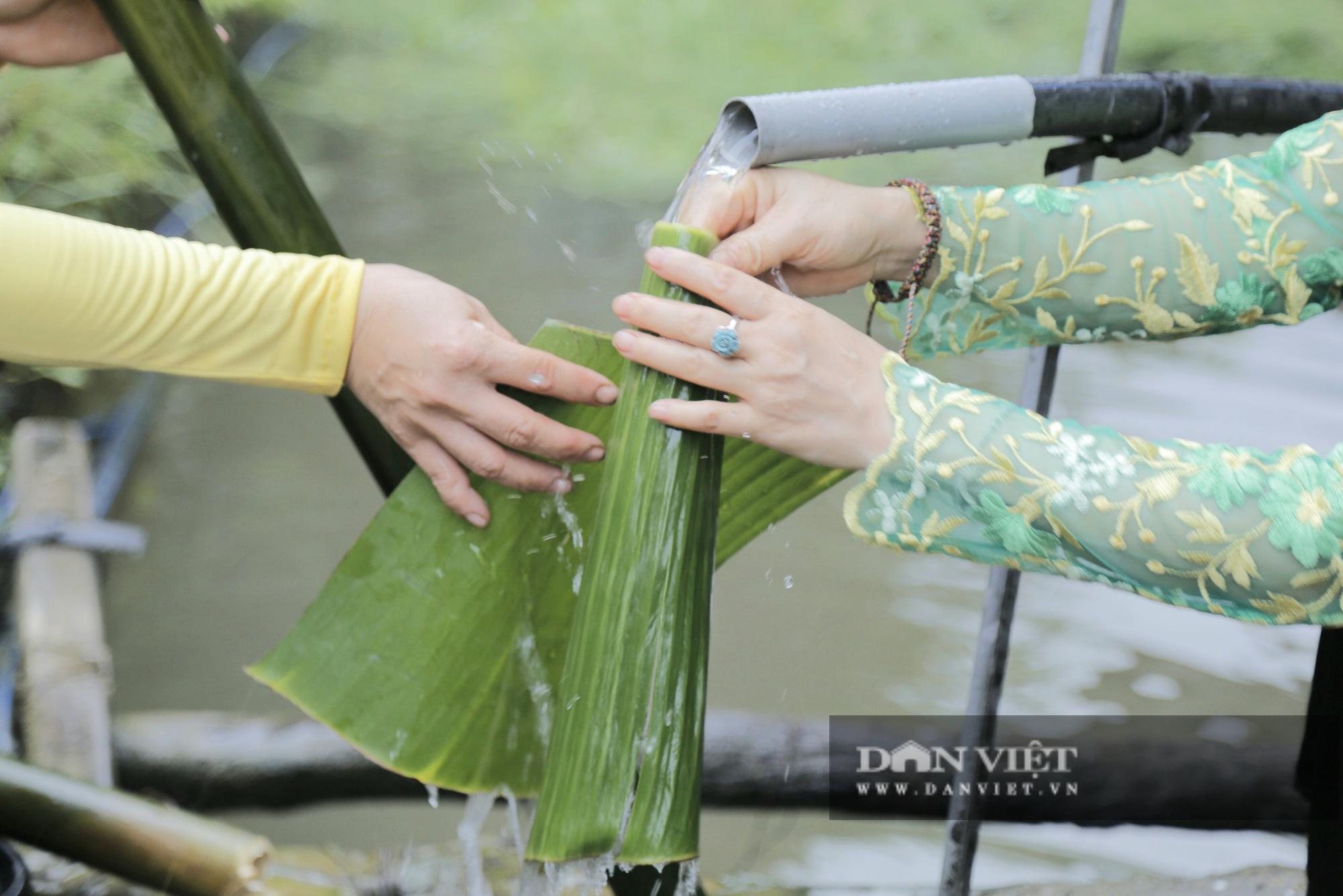 Đến Pù Luông thưởng thức món cơm lam truyền thống dân tộc Thái nơi đây - Ảnh 3.
