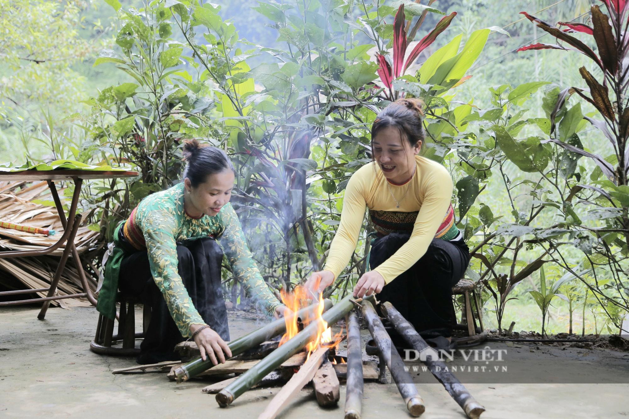 Đến Pù Luông thưởng thức món cơm lam truyền thống dân tộc Thái nơi đây - Ảnh 6.