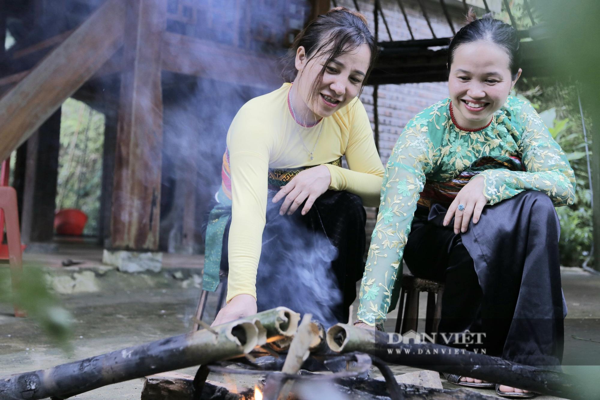 Đến Pù Luông thưởng thức món cơm lam truyền thống dân tộc Thái nơi đây - Ảnh 7.