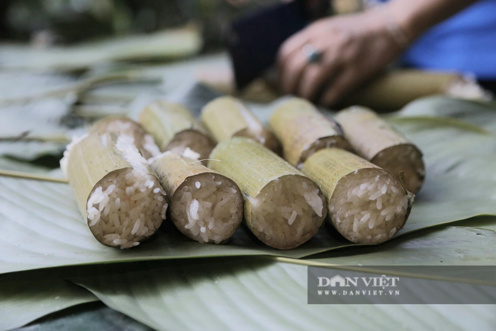 Đến Pù Luông thưởng thức món cơm lam truyền thống dân tộc Thái nơi đây - Ảnh 9.