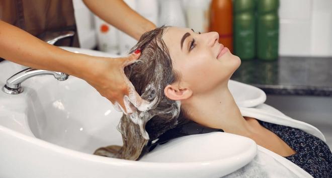Từ 1/8/2021, cắt tóc, gội đầu, massage, karaoke… phải nộp thuế 7% - Ảnh 1.