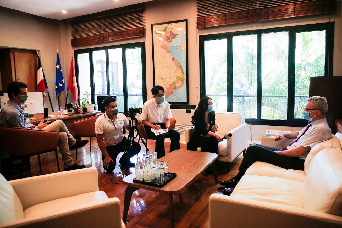Ông Nicolas Warnery - Đại sứ Pháp tại Việt Nam: Đội tuyển Pháp sẽ nỗ lực hết mình để chiến thắng - Ảnh 1.