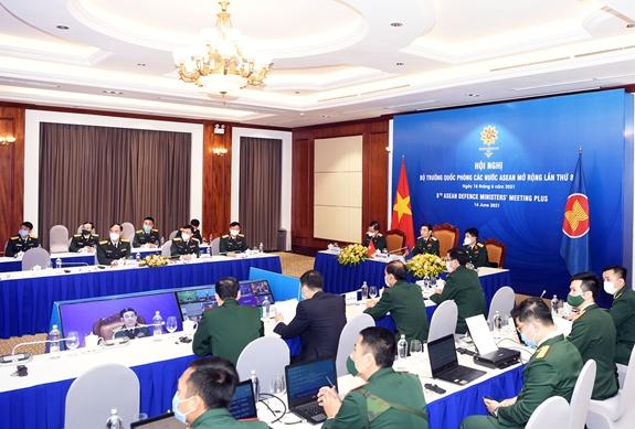 Bộ trưởng Bộ Quốc phòng Phan Văn Giang tham dự ADMM+ lần thứ 8 - Ảnh 4.
