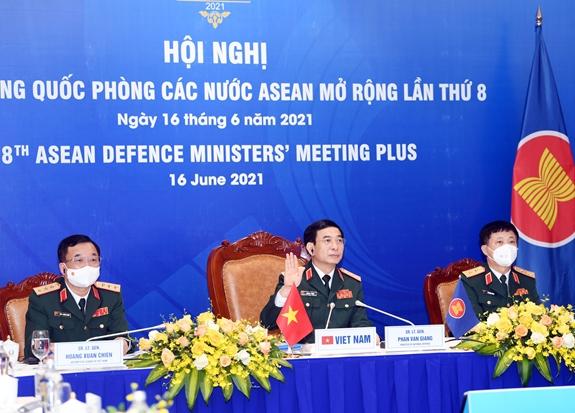 Bộ trưởng Bộ Quốc phòng Phan Văn Giang tham dự ADMM+ lần thứ 8 - Ảnh 2.
