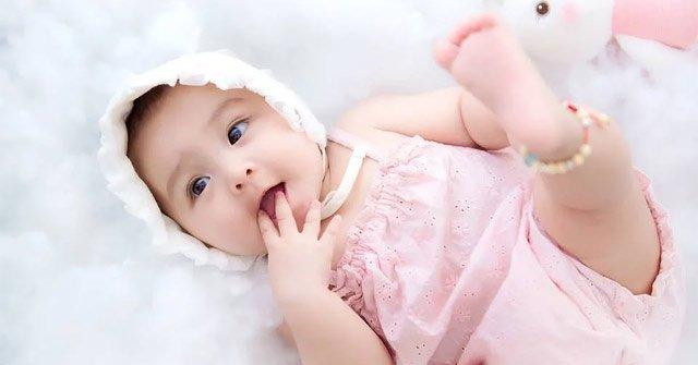 Trẻ sinh vào 4 khung giờ này, tương lai tươi sáng, mang tài lộc, may mắn cho cha mẹ - Ảnh 2.