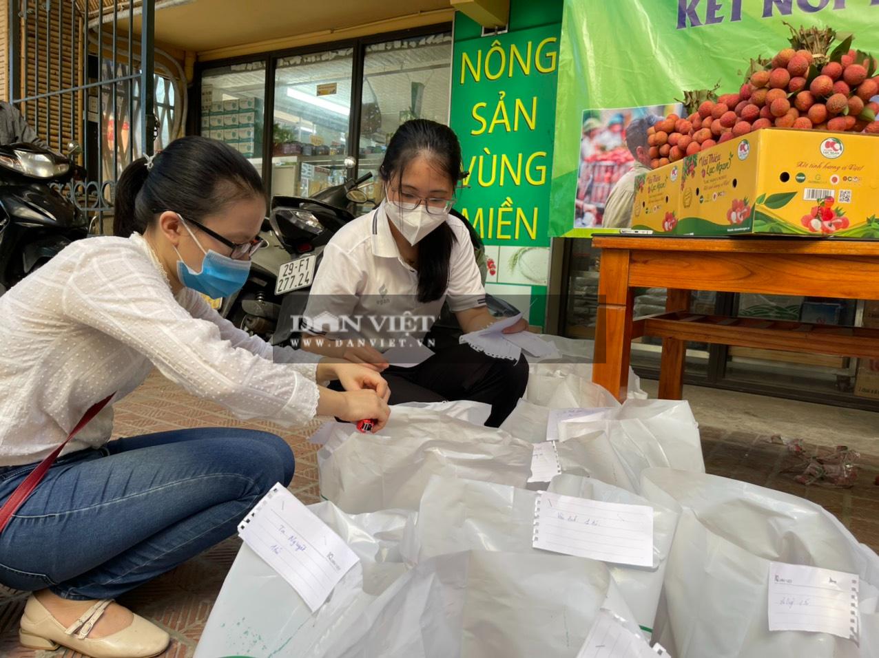 Vải thiều Lục Ngạn đã có mặt tại Trung tâm kết nối tiêu thụ nông sản Báo NTNN/ Điện tử Dân Việt - Ảnh 10.
