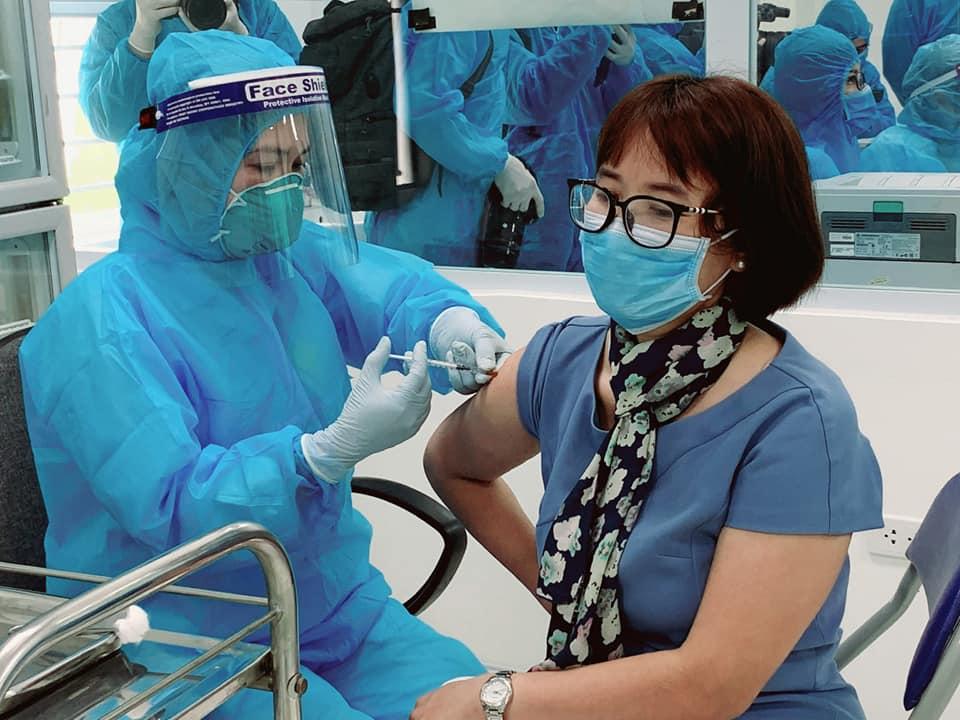 6 tiếng thêm 220 ca Covid-19 mới, Bộ Y tế phân bổ vắc xin lần thứ 5 - Ảnh 2.