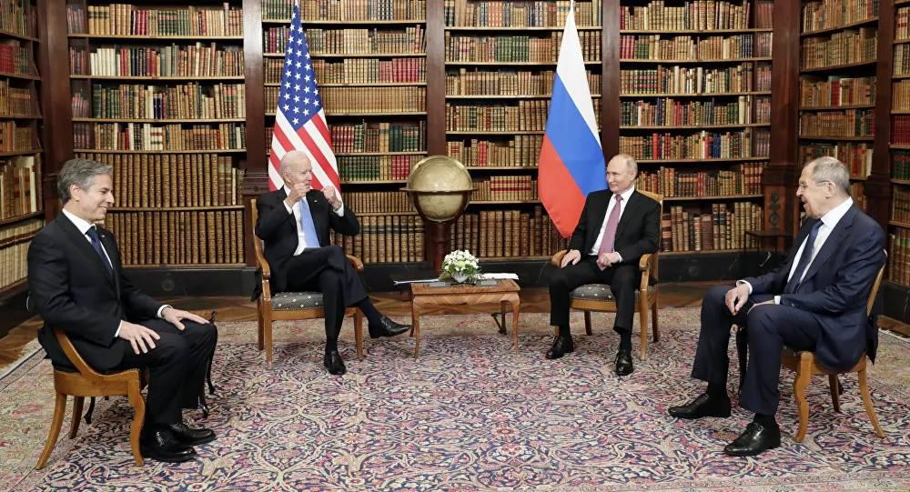 Giải mã bí mật của Putin và Biden thông qua ngôn ngữ cơ thể khi đối thoại - Ảnh 1.