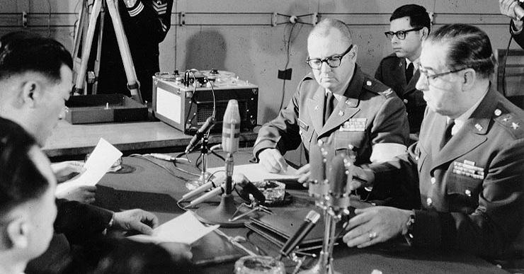 Triều Tiên bắt giữ tàu USS Pueblo, Mỹ lên kế hoạch tấn công hạt nhân - Ảnh 15.