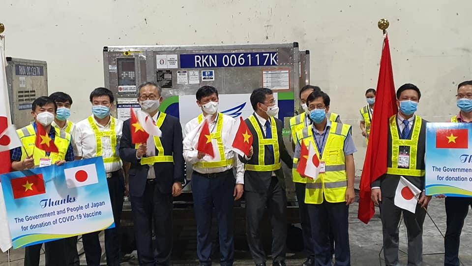 Tiếp nhận 1 triệu liều vắc xin Covid-19 do Nhật Bản trao tặng  - Ảnh 2.