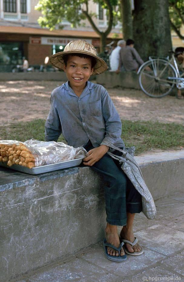 Kỳ thú ẩm thực vỉa hè ở Hà Nội năm 1991-1992 - Ảnh 7.