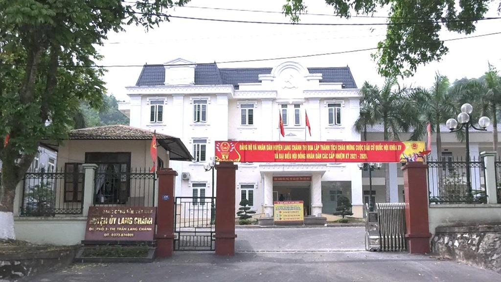 Cách tất cả chức vụ của Chủ nhiệm Ủy ban Kiểm tra huyện ủy Lang Chánh (Thanh Hóa) - Ảnh 1.