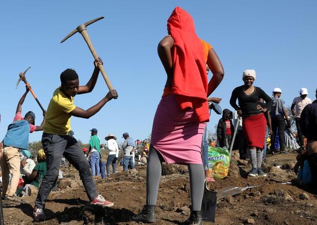 Bí ẩn những viên đá châm ngòi cho cơn sốt kim cương ở ngôi làng Nam Phi - Ảnh 2.