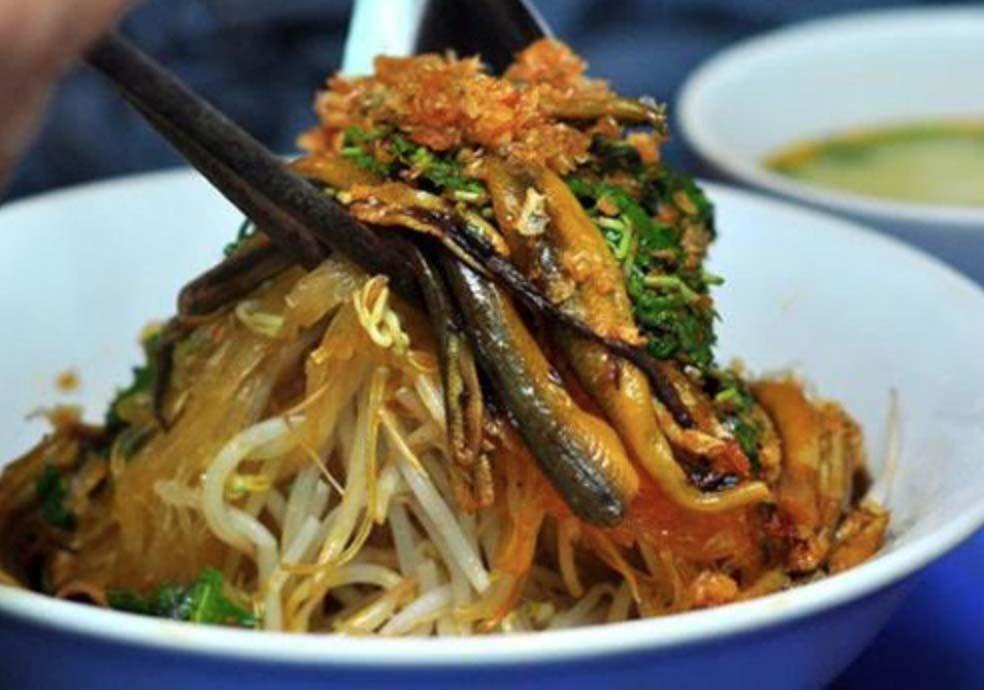 """Hà Nội: Món vừa cay, vừa ngọt khiến khách xuýt xoa khen ngon, """"ăn không kịp thở"""" - Ảnh 2."""