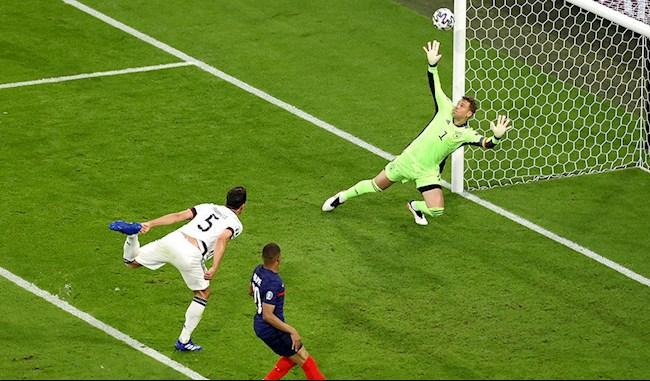 """Bồ Đào Nha vs Đức, cựu tuyển thủ Quốc Vượng nói Ronaldo là """"con dao hai lưỡi"""" - Ảnh 1."""