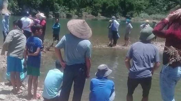 Lặn lội từ Hà Nội lên Hòa Bình tắm sông, thiếu niên 16 tuổi tử vong thương tâm - Ảnh 1.