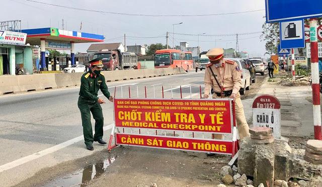 Quảng Ngãi: Dừng hoạt động tuyến vận tải Đà Nẵng, tái lập các chốt kiểm soát y tế  - Ảnh 1.