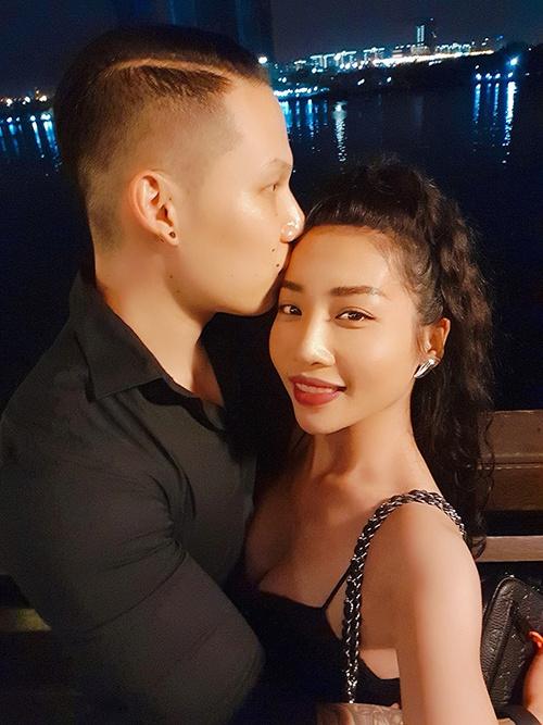 Sao Việt yêu xa, hoãn cưới vì dịch bệnh - Ảnh 3.