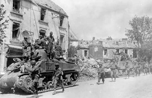 4 sự cố bắn nhầm đồng đội gây nhiều thương vong nhất Thế chiến II - Ảnh 2.