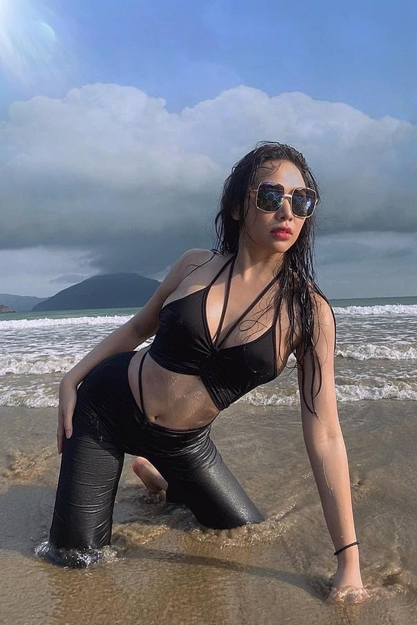 Bạn gái tin đồn của Tiến Linh sexy và giàu có cỡ nào? - Ảnh 7.