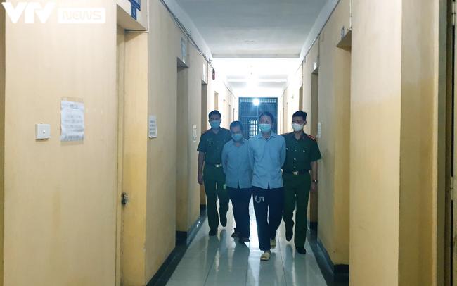 Tin hot Hà Nội hôm nay 21/6: Thông tin nguồn phát tán clip nóng của hotgirl; bị tù 12 năm vì đâm kẻ trộm - Ảnh 4.