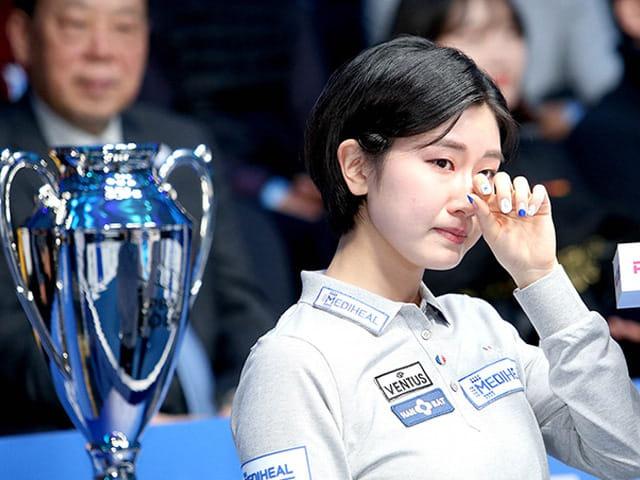 """Nhan sắc """"không phải dạng vừa đâu"""" của nữ cơ thủ người Hàn Quốc - Ảnh 3."""