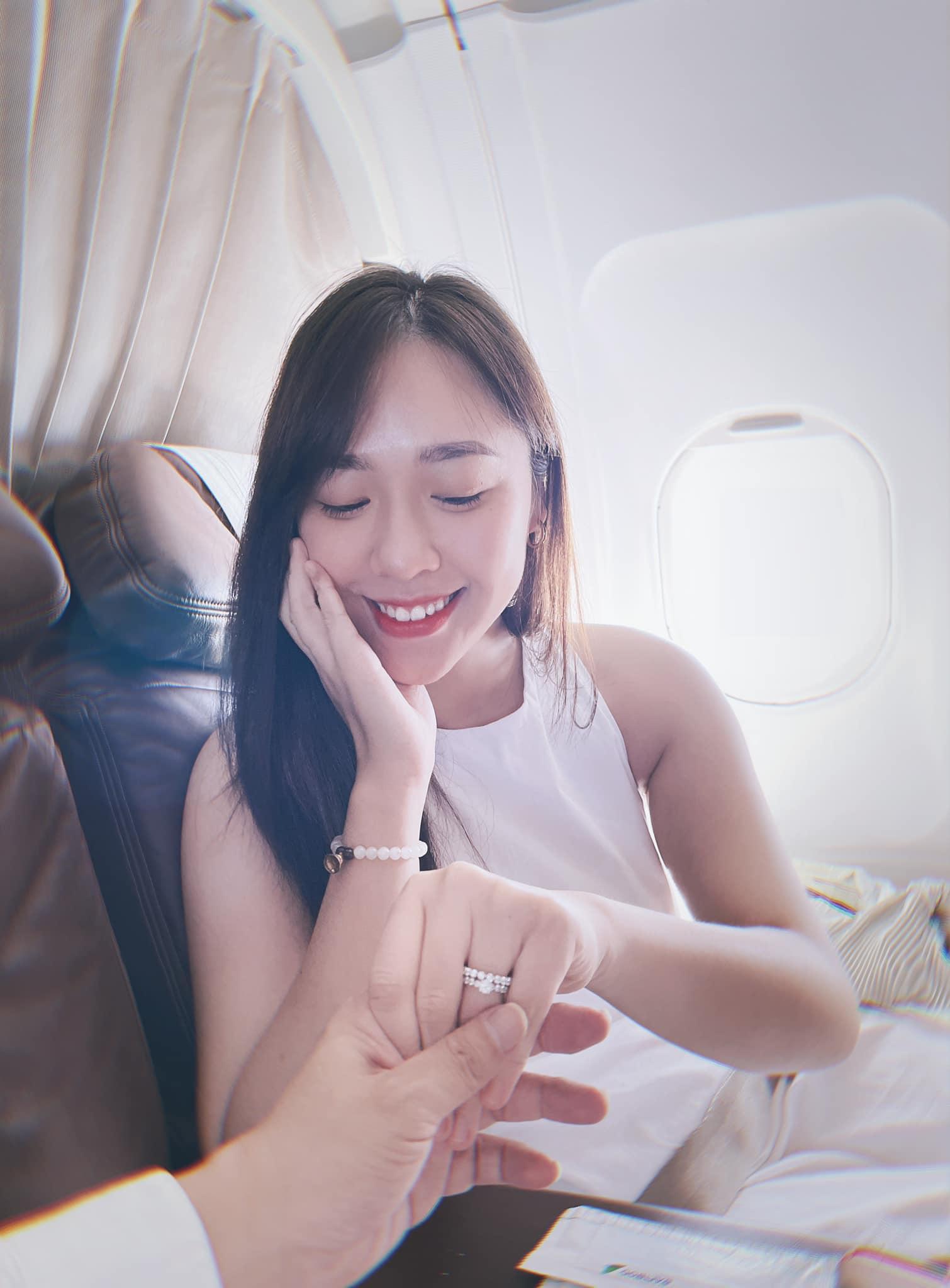 Nhan sắc mê đắm lòng người của mỹ nhân VTV vừa được triệu phú hơn 16 tuổi cầu hôn - Ảnh 2.