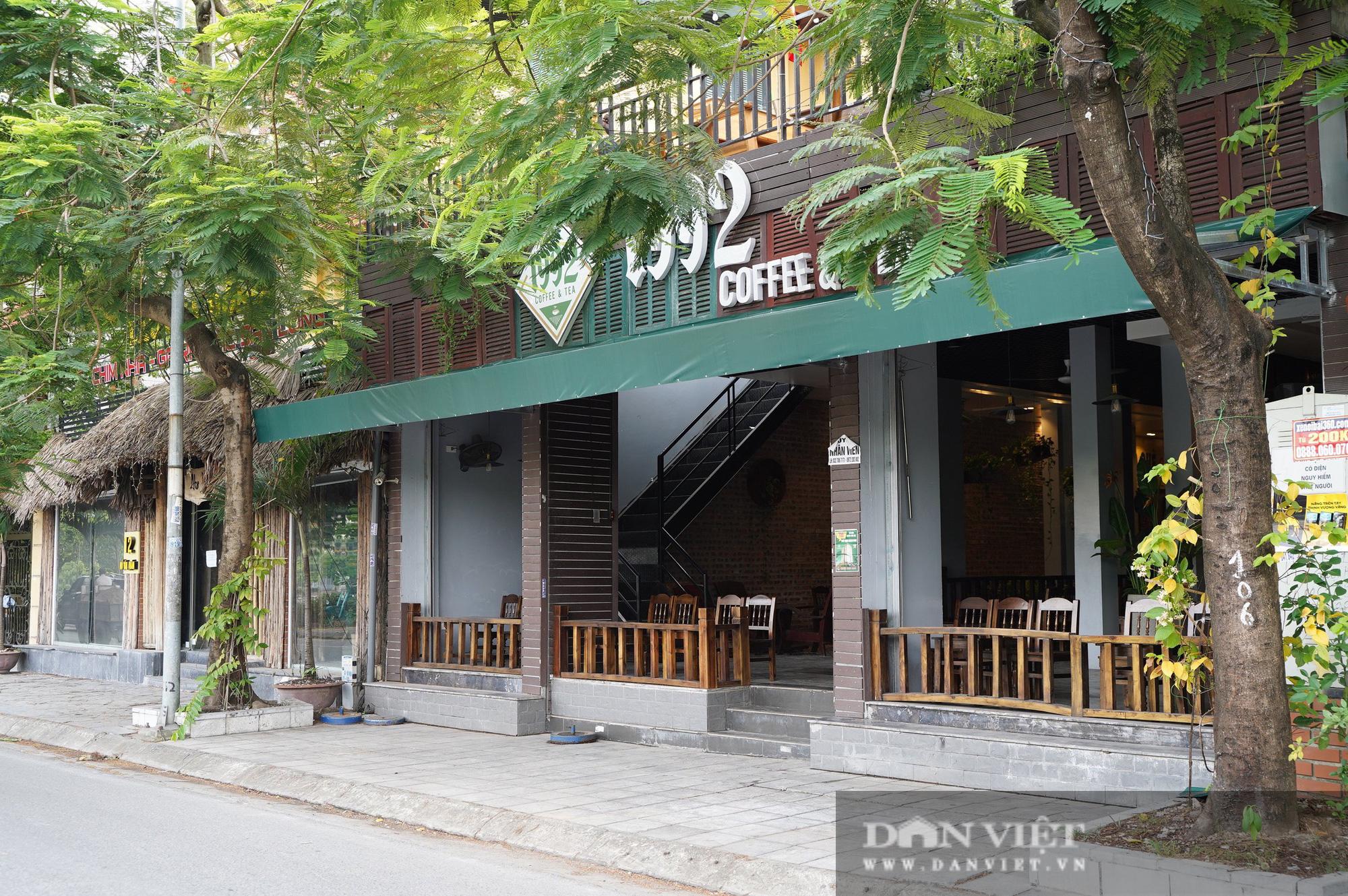 Hà Nội: Quán cafe nơi thưa thớt, chỗ nhộp nhịp trong ngày đầu mở cửa trở lại - Ảnh 3.