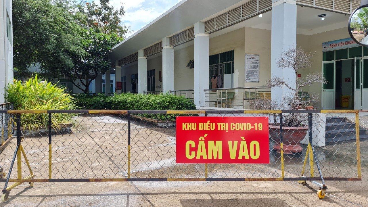 Kiên Giang: Hai anh em ruột về từ Malaysia nghi nhiễm Covid- 19 sau cách ly tập trung - Ảnh 1.
