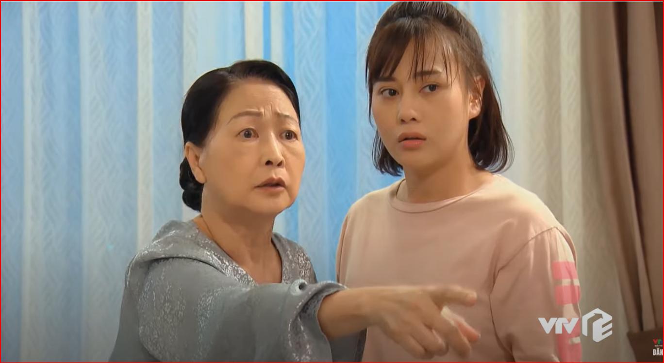 Hương vị tình thân tập 47: Bà Dần cầm dao đòi đâm Long - Ảnh 3.