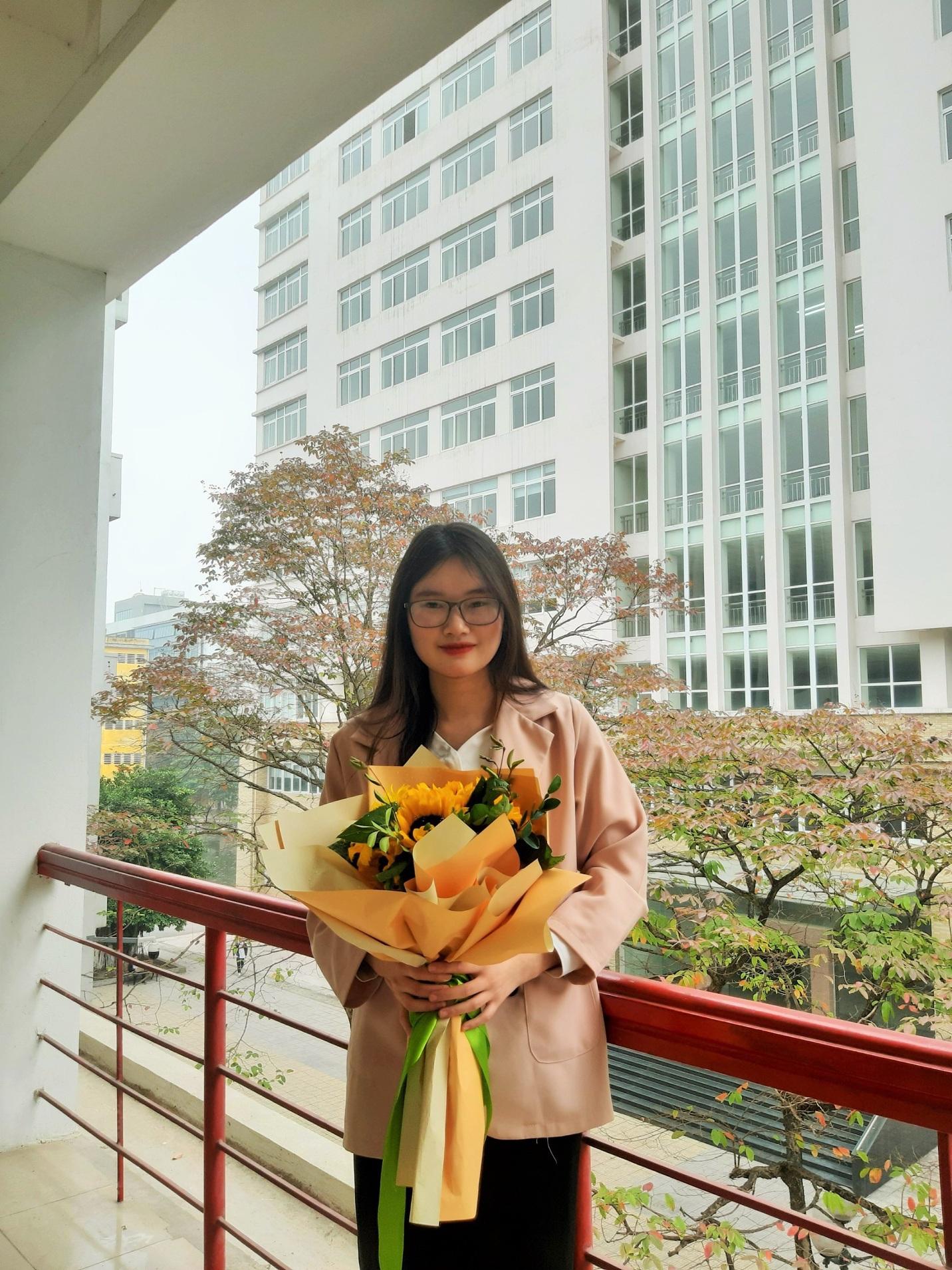 Bí quyết của 2 sinh viên yêu Toán tốt nghiệp xuất sắc Đại học Bách khoa Hà Nội - Ảnh 1.