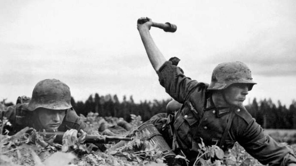 Tại sao Liên Xô không thể đánh tan phát xít Hitler ngay từ đầu Chiến tranh Vệ quốc Vĩ đại? - Ảnh 3.