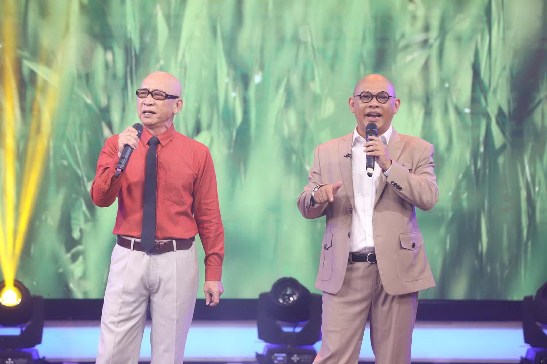 Dấu ấn huyền thoại: NSƯT Nhất Sinh hội ngộ Quang Linh và chia sẻ thắt lòng về mẹ hiền - Ảnh 2.