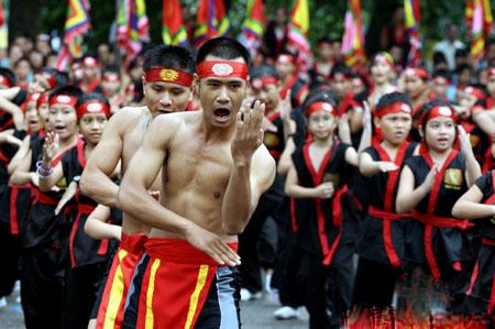 """Bí mật môn võ Việt Nam chuyên """"trị"""" võ Trung Quốc: Lấy bé địch to! - Ảnh 1."""