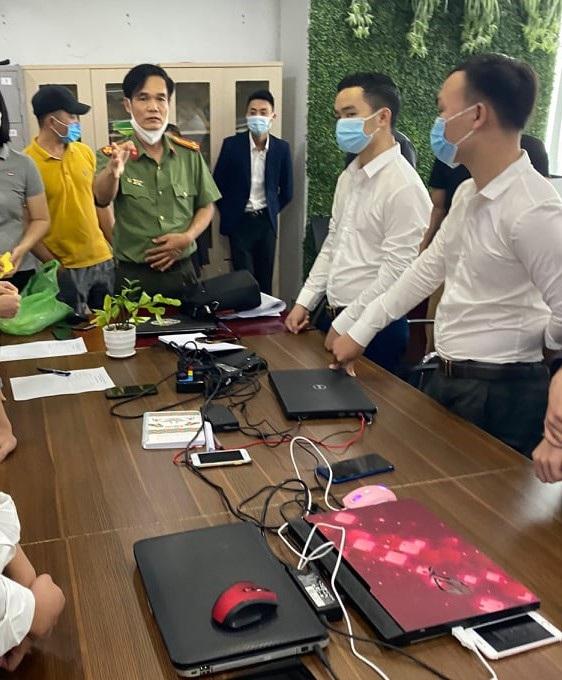 """Sàn tiền ảo """"khủng"""" ở Hà Nội đã bị Công an Hải Phòng đánh sập như thế nào? - Ảnh 4."""