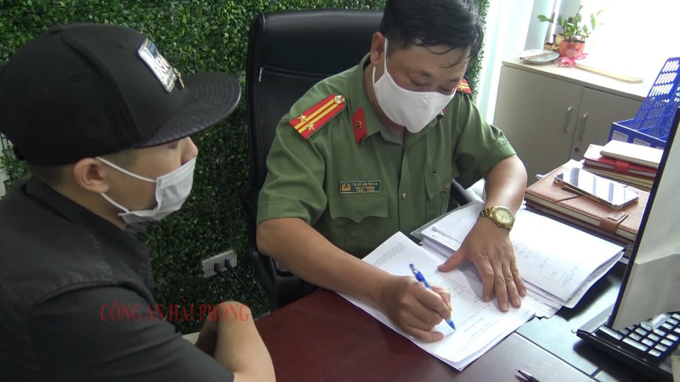 """Sàn tiền ảo """"khủng"""" ở Hà Nội đã bị Công an Hải Phòng đánh sập như thế nào? - Ảnh 3."""