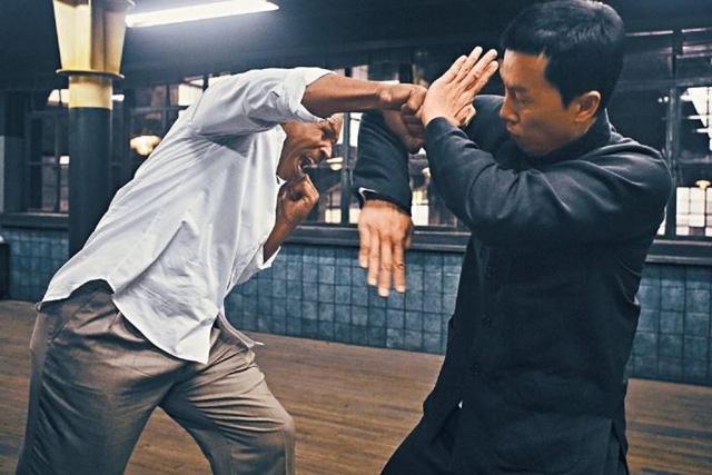 Ngôi sao võ thuật Chân Tử Đan tiết lộ tốc độ ra đòn của Mike Tyson - Ảnh 3.