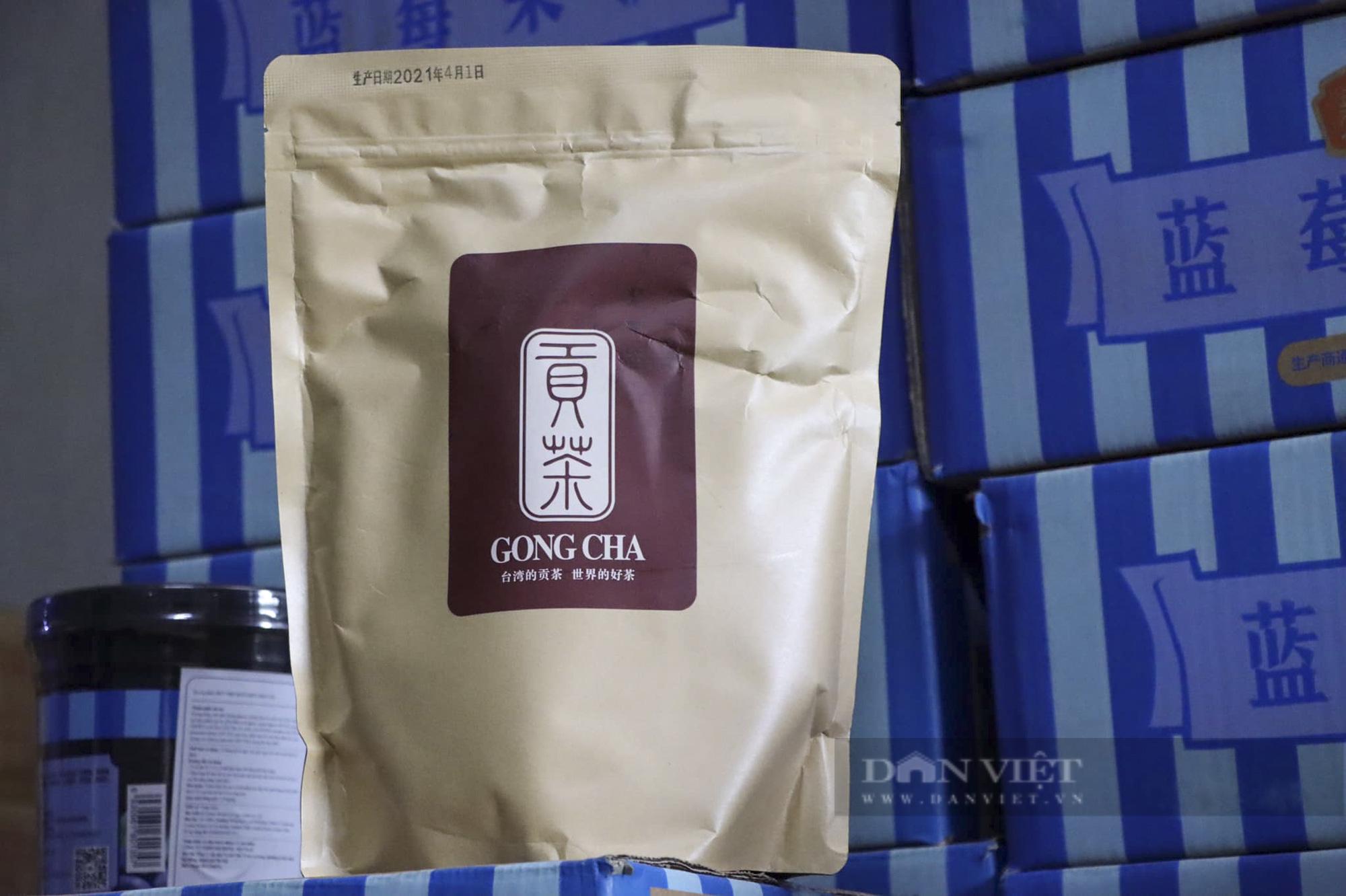 Hà Nội tạm giữ hàng tấn nguyên liệu trà sữa không hóa đơn chứng từ - Ảnh 3.
