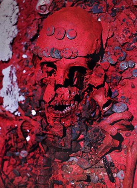 """""""Ma dược"""" trong mộ cổ Nữ Hoàng Đỏ khiến người Maya biến mất? - Ảnh 2."""