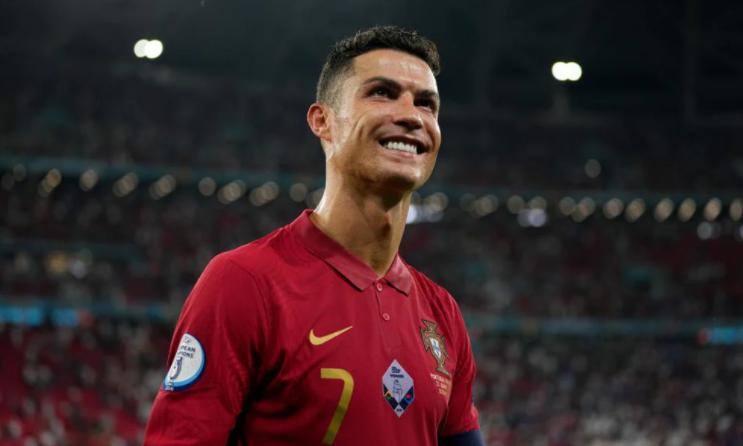 Còn kỷ lục nào nữa không, để Ronaldo... phá nốt? - Ảnh 1.